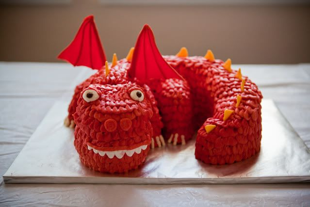 super cool ninja party ideas ... dragon cake