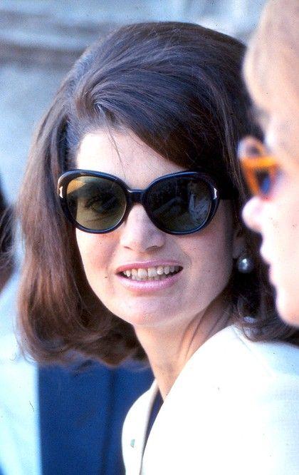 Jackie made big sunglasses a hot fashion.