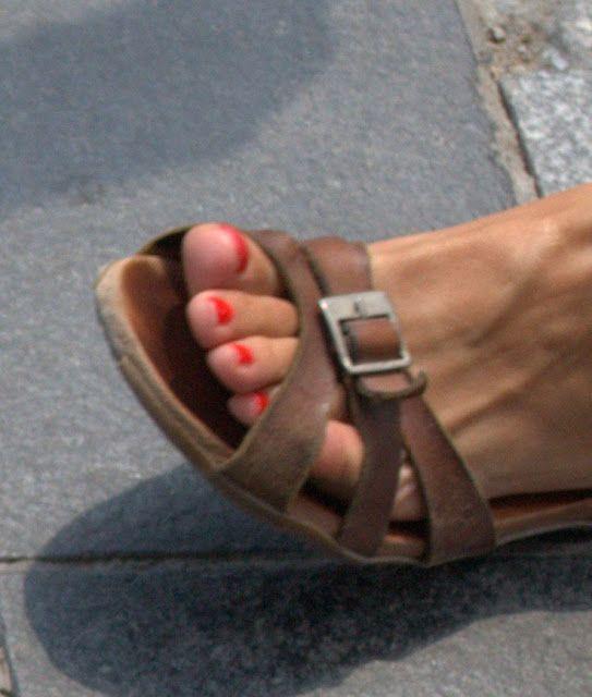 Feet Of Turkish Sandal And Candid Sexy Girls Facevery No0pnwk8x eBdWCxro