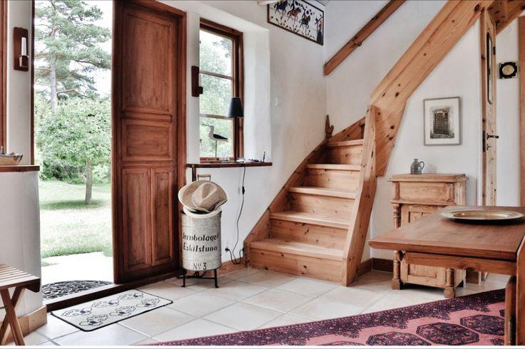 #Forsale #Gotland #HomebyDean #interiordesign #interior #homedecorating #heminredning #inredning #hallway #hall