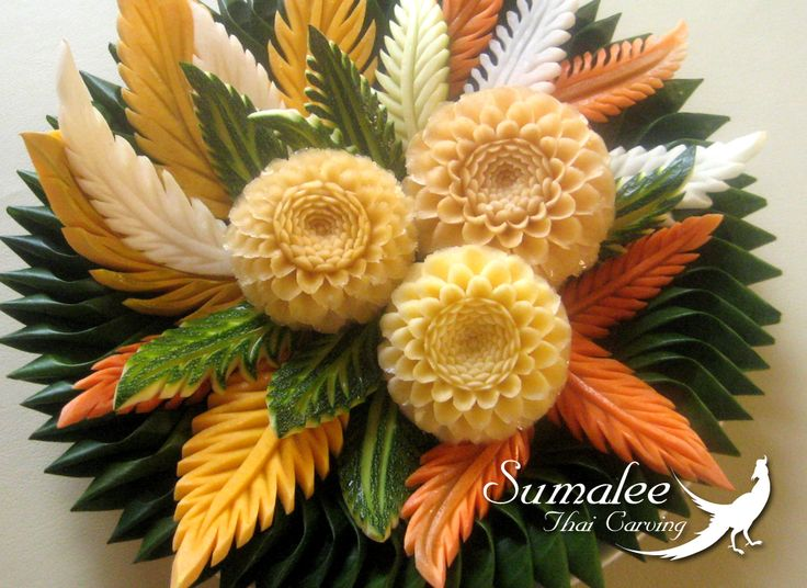 Vegetable carving sumalee thai