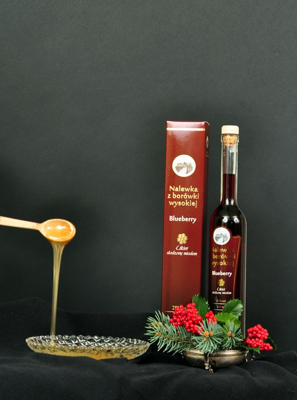 Our new liqueur in sweet version. This one is a combination of blueberry fruits and blueberry honey