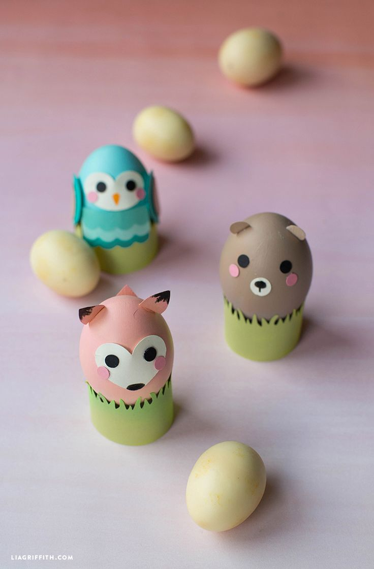 DIY Woodland Easter Eggs from MichaelsMakers Lia Griffith