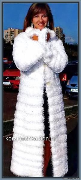 Фото пальто вязаное спицами травкой
