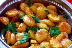 Pečené brambory s francouzskou omáčkou