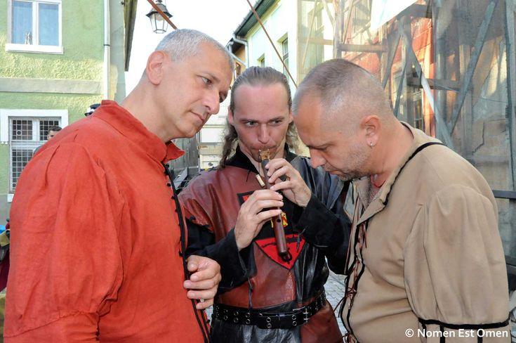 Poză istorică la Sighisoara Medievală. De la stânga la dreapta: Iulian Anghel, Cristian Sâpcu şi Mihai Plămădeală.