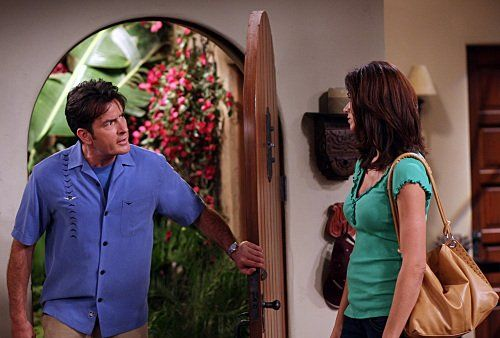 Still of Charlie Sheen and Jennifer Taylor in Two and a Half Men