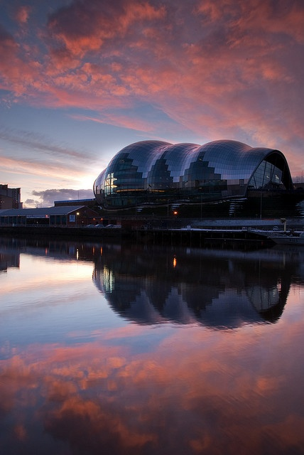The Sage Gateshead - Foster and Partners (2004) - a centre for musical education, performance and conferences.