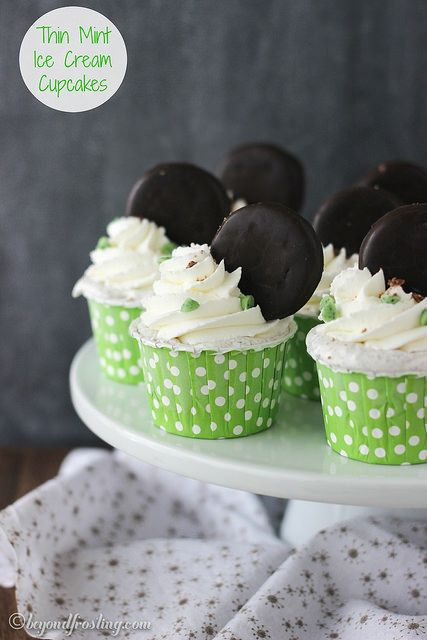 Thin Mint Ice Cream Cupcakes are for true Thin Mint lovers. There is a Thin Mint cookie crust, a no-churn Thin Mint ice cream filling and topped with fresh whipped cream.