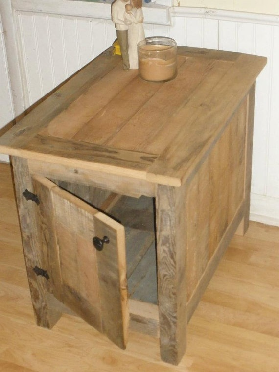 Barn wood end table by erhwoodworking on etsy for Diy barn table