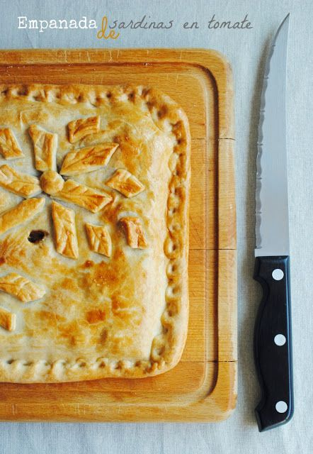 recetas de tía Alia: Empanada de sardinillas en tomate [gallega de verdad de la buena]