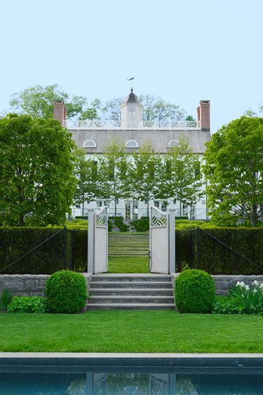 The talented folks over at Doyle Herman Associates Landscape Design in  Greenwich, CT are really