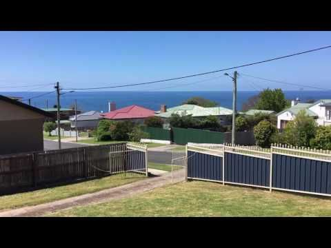 14 Malunna Cres Parklands  Presented by Jenna Lamprey First National Burnie