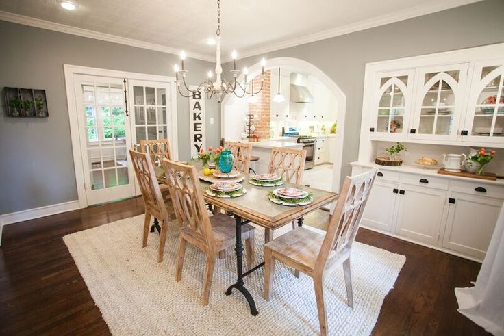 Mais de 1000 imagens sobre season 3 fixer upper hgtv no for Fixer upper dining room ideas