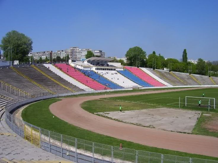 http://www.sportulgalatean.ro/wp-content/uploads/2014/11/stadionuldunarea.jpg