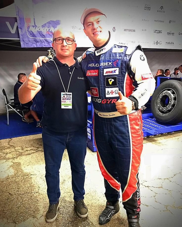 Adam Lacko , tan grande en lo físico como me lo pareció en lo personal. Campeón 2017 Europeo de Camiones. #adamlacko #buggyra #buggyraracing #freightliner @rodri70luis @quimik_pro
