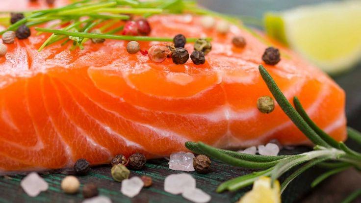 Salmone, ricette con salmone, pasta con salmone fresco panna vodka primo piatto