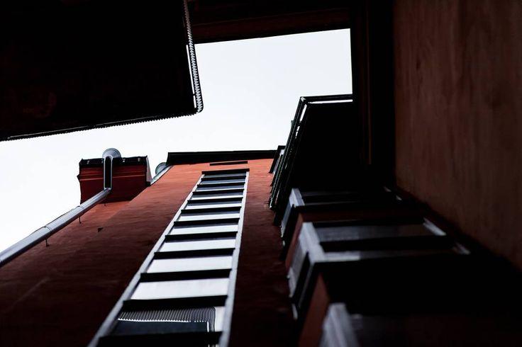 No sunset allowed.. . . . . #scottkelby #wwpw2017  #streetphotography #wwpw2017se #worldwidephotowalk #photowalk #streetphotography #ig_worldwide #photowalk #rainyday #worldwidephotowalk2017 #stockholm #gamlastan