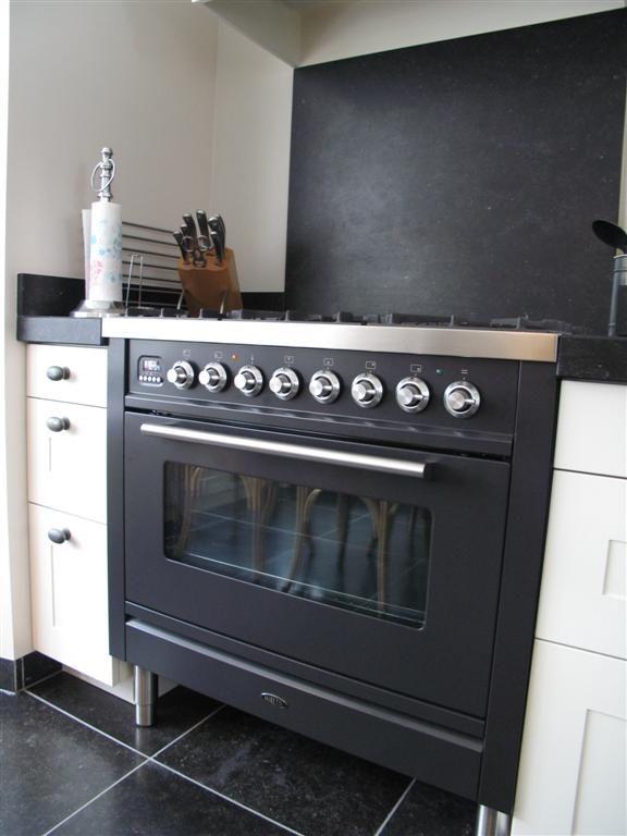 Nostalgische Keuken Amsterdam : Black ovens, Maybe someday and Stove on Pinterest