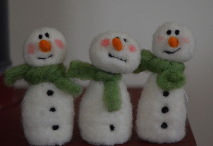 Three Snowmen with green scarves - Needle felted Briege Connolly