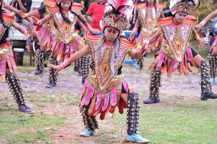 Tari Lonceng (Bell Dance), Magelang . Breathtaking, isn't it? These traditional dancers adorn ankle bracelets with bells on themselves, its chimes taking us closer to their culture with every step of dance and rhythm of the bells.