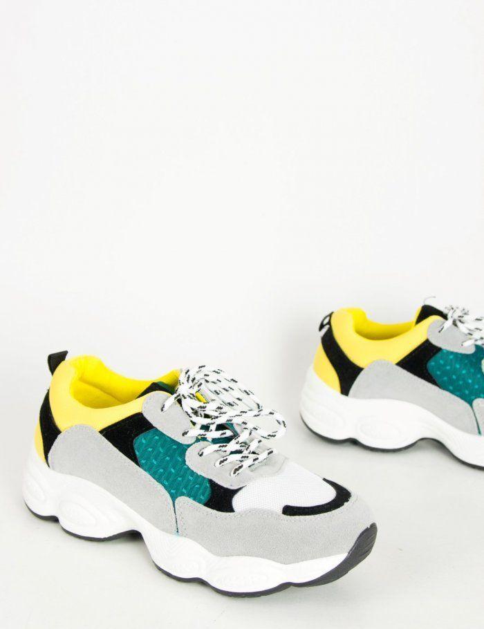 6bfb0e62907 Γυναικεία sneakers: Αυτά είναι τα νέα σχέδια που θα φορεθούν το ...