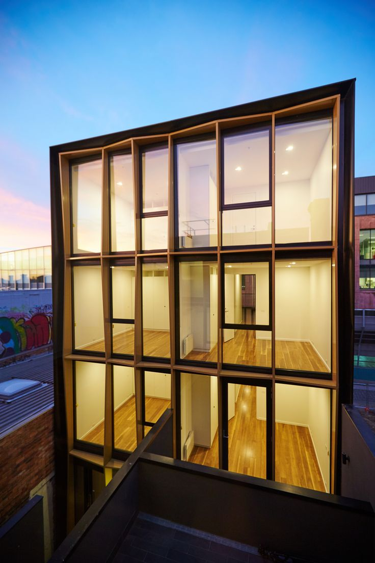 Apartment Building  / DROO