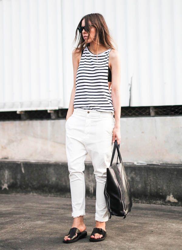 Minimalista, cool e fresquinho, esse look é perfeito pra quem não abre mão do preto e branco básico no verão.