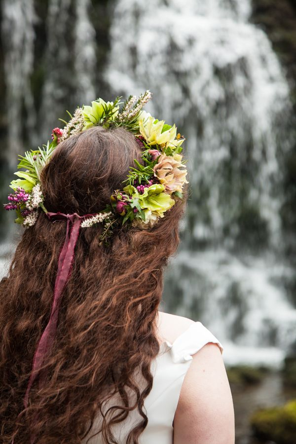Hellebore flower crown for Bohemian wedding inspiration shoot for spring brides // The Natural Wedding Company