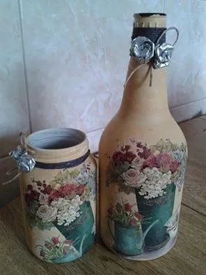 garrafas decoradas com pintura,decoupagem, flores