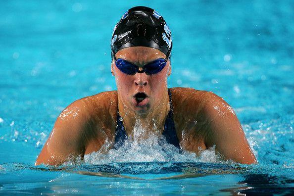 Elizabeth Beisel... olympic bound again= 400 IM