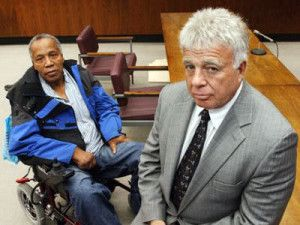This is Frank Lucas and Richie Roberts inside the trial court. Read more about their friendship...