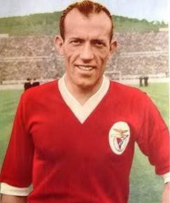 Francisco MOREIRA                     1 Taça Latina (1949/50) 2 Campeonatos Nacionais (1944/45; 1949/50) 4 Taças de Portugal (1948/49; 1950/51; 1951/52; 1952/53).