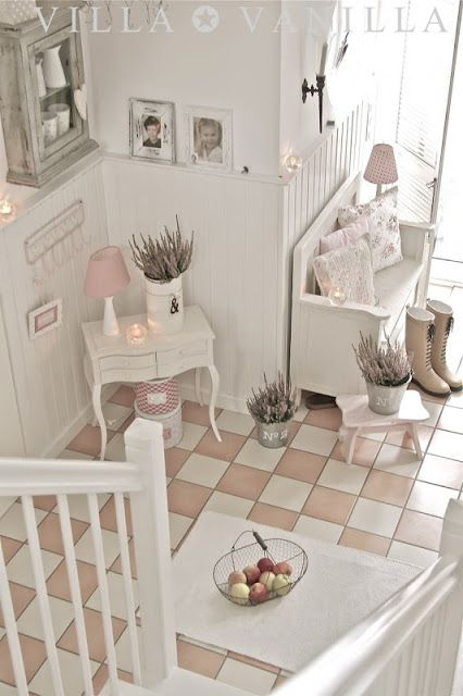 Love this view. Peachy pink tiles with gray grout. Simply perfect.