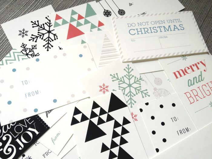 Free Printable Holiday Gift Tags by Creative Index, via pair of pears