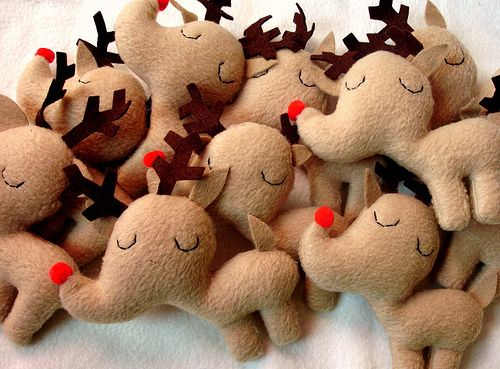 Reindeer By mypapercrane/Heidi Kenney @Flickr...still not finished, to become ornaments. (They are adorable.)
