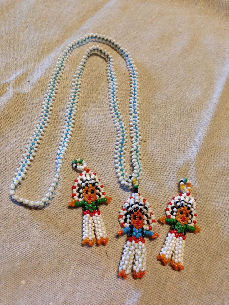 Little Native American doll necklace, I had one as a child now I'm going to make it!!!
