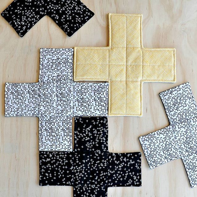 Hot crosses of a different kind!  Happy Easter everyone.  Cross trivets in shop soon.  #handmade  #modernquilts  #tasdesigned  #etsyresolution2016  #etsyau  #fabrictrivets