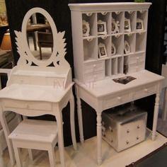 Stylowy sekretarzyk | Stylish cabinet #sekretarzyk #stylowy #biały #romantyczny #meble #sypialnia #salon #cabinet #white #stylish #romantic #furniture #bedroom #living_room #inetrior