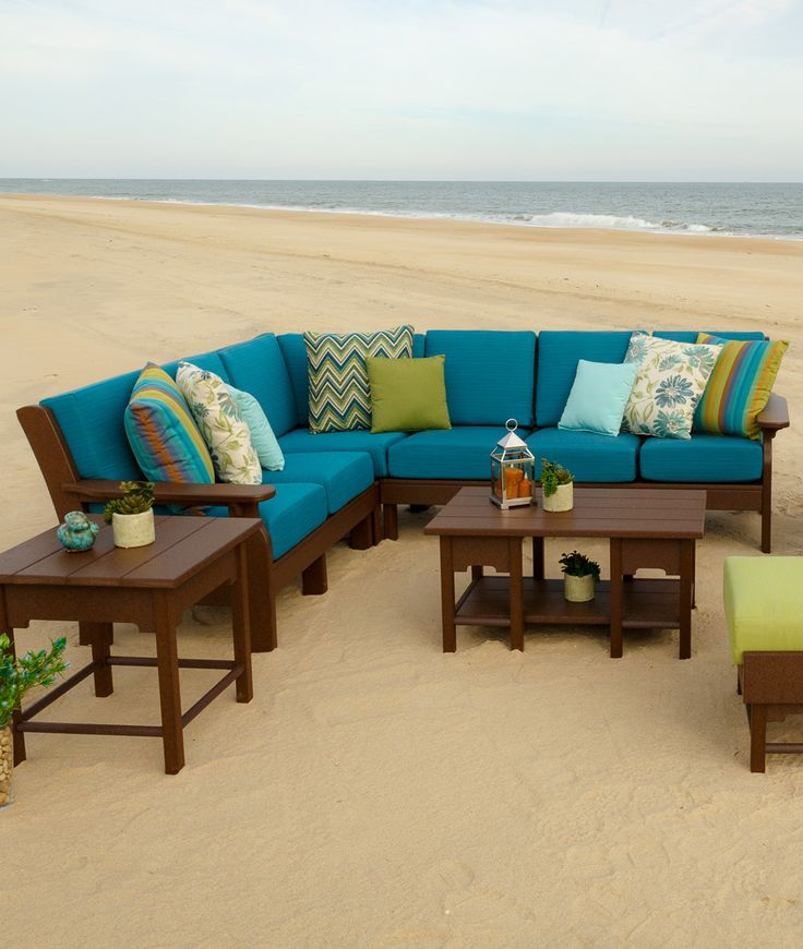 Design your own Kloter Farms outdoor sectional upholstery! So many cool color combinations available.