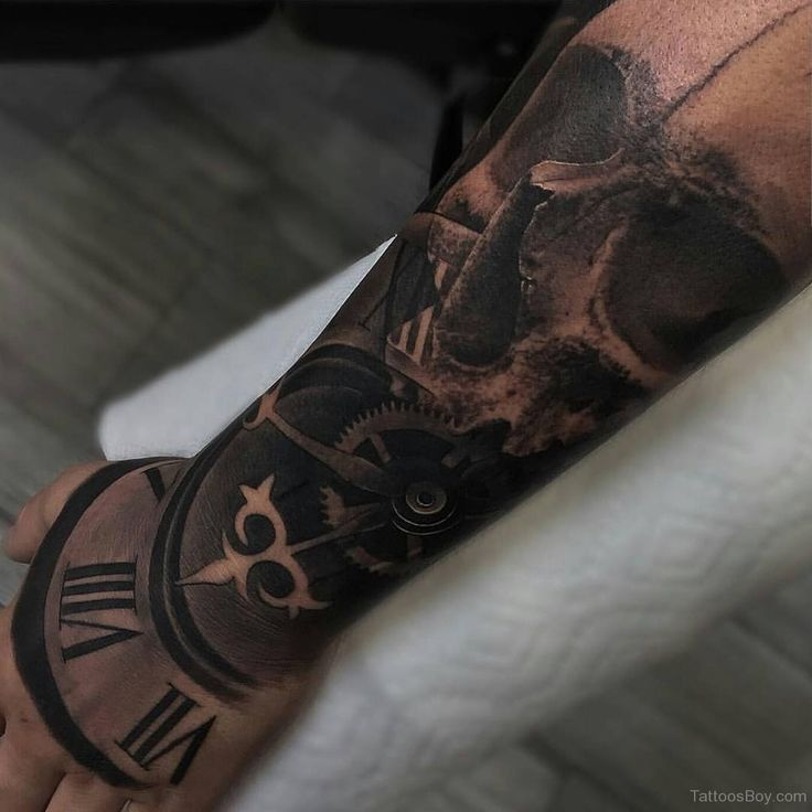 Tattoo Designs Time: 17 Best Ideas About Clock Tattoos On Pinterest