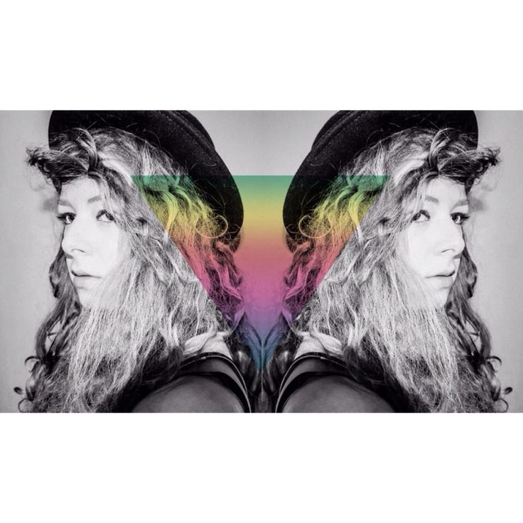 #twins #geometry #triangle #dope #hipster #blackandwhite #girl #psy