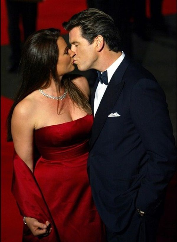 Pierce Brosnan kissed his wife Keely Shaye Smith