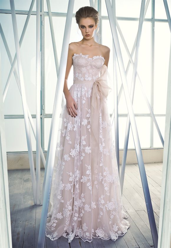 'Charlotte' From the Mira Zwillinger 'Reflections' collection, available at Browns Bride... wowwwww.