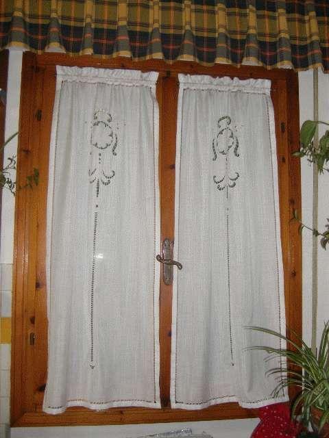 Tende per porta finestra caricamento in corso with tende per porta finestra cheap foglie - Tende porta finestra ikea ...