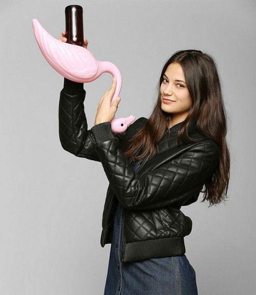 Next Level Drinking: Die Flamingo Bier Bong on http://www.drlima.net