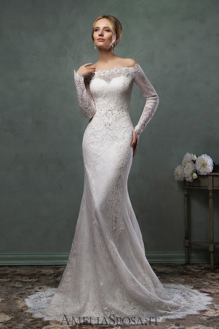 Wedding Dress Ofelia, Silhouette: Sheath