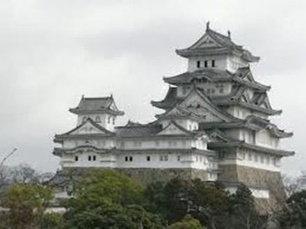 http://www.tabi-go.jp/12254/ れいるどさんの投稿作品:美しき白鷺城