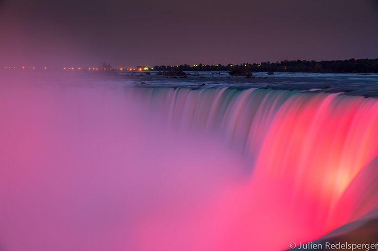 Niagara Falls - Les Chutes du Niagara, Ontario, Canada