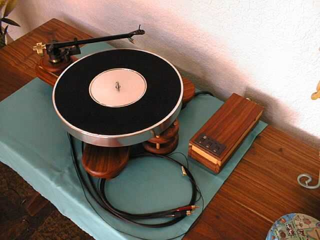e55e29b07d878f2d19a071c3879c234b record player speakers 159 best speakers & turntables images on pinterest turntable record player wiring diagram at reclaimingppi.co